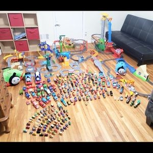 Huge Thomas The Train Lot 250+ Items!!!💙